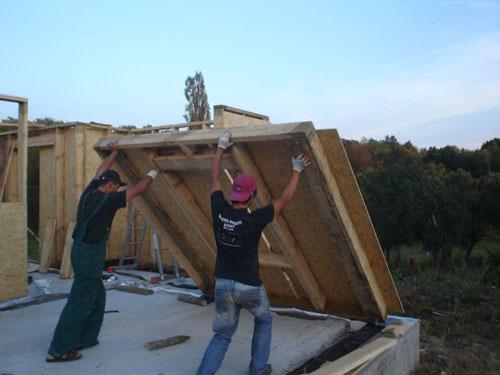 Подъём каркасного дома своими руками